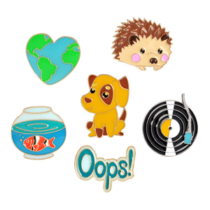1Pc Cute Hedgehog/Dog/Record/Goldfish/Oops Design Metal Brooches Pins Hats Clips Enamel DIY Lovely Cartoon Brooch
