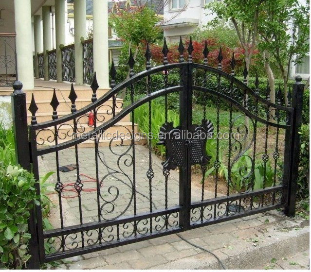 Economic And Reliable PVC Coated Garden Steel Gates Simple Gate Design