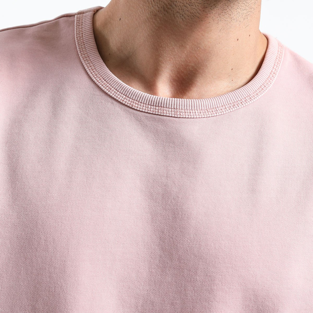 Slim Long Sleeved Round Collar Sweaters