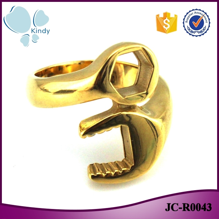 Kindy Jewelry JC-R0043 <strong>black</strong> and gold color 316l stainless rock and roll punk style wrench ring