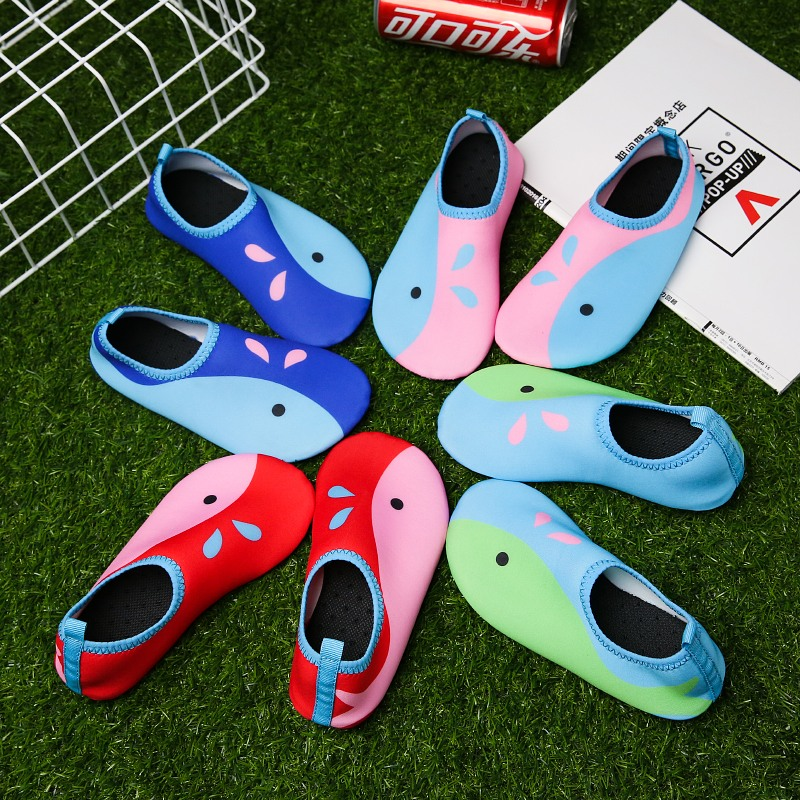 2017 aqua shoes beach sandals swimming diving surfing Paddling shoes