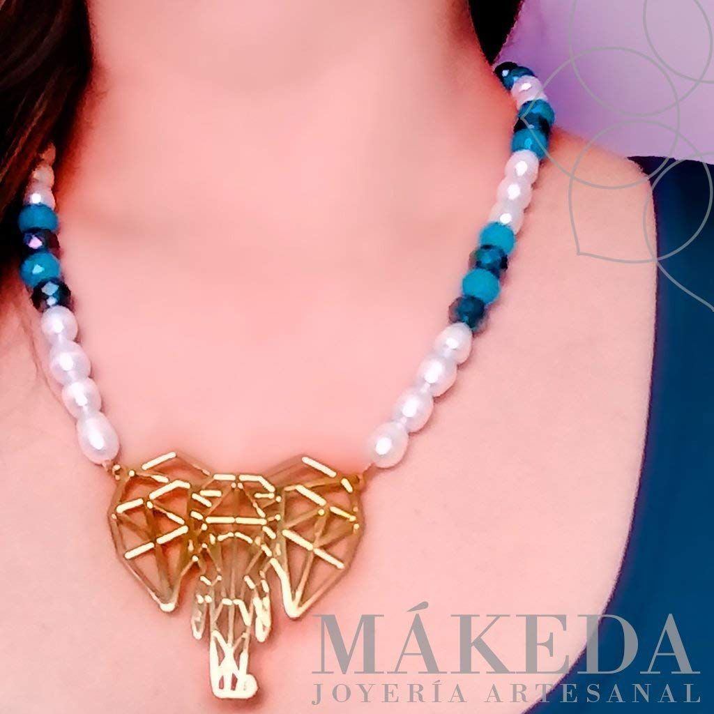 Necklace and Earrings | Gold plate | Gold-plated elephant and cultured pearls