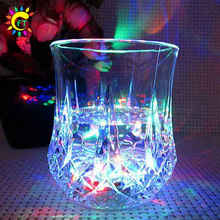 Wholesale LED Pineapple Cup Plastic Drinking Glasses