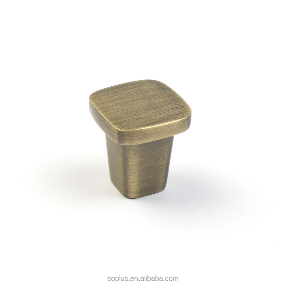 SFD15111237/AB Furniture Hardware Classic Style Cabinet Knob Brushed Antique Brass