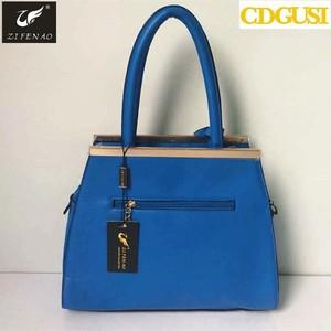 db31358516ff Loris Jovino Bags