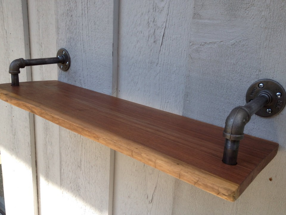 Metal Pipe Shelving With 1/2