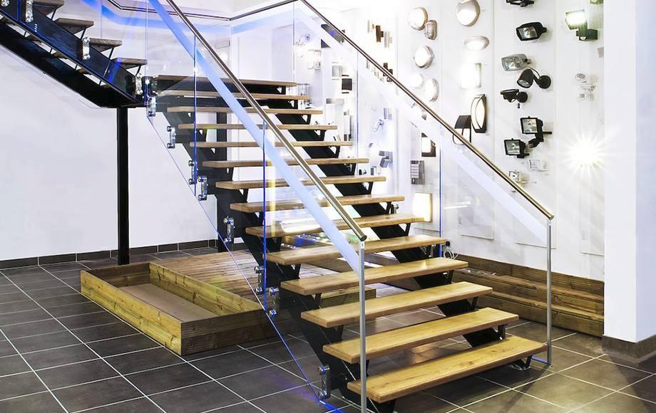 Mooie ontwerp interieur houten trappen koolstofstaal beam draad