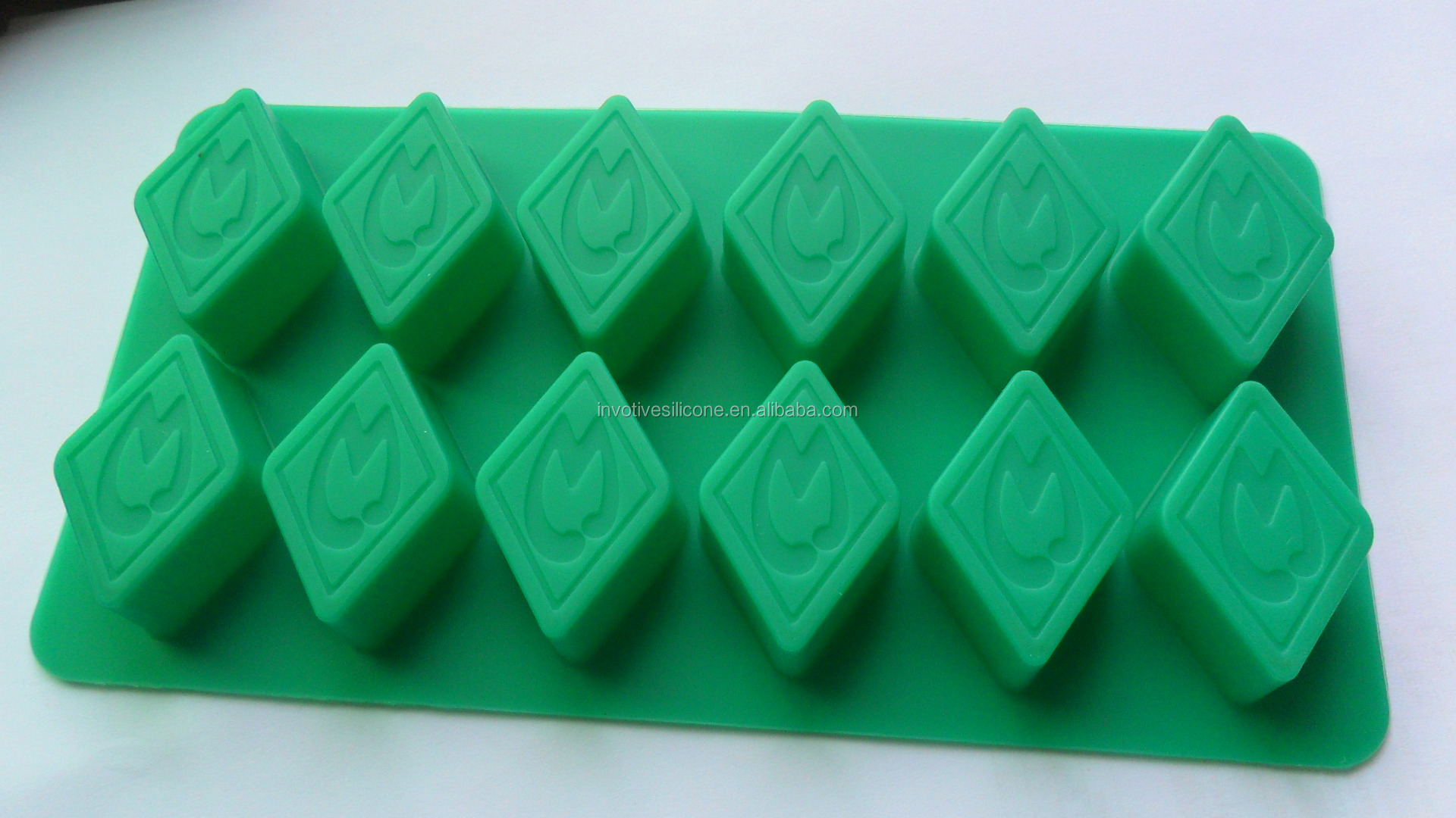 BSCI Factory custom logo silicone ice cube tray ice mould ice mold for promotional gift