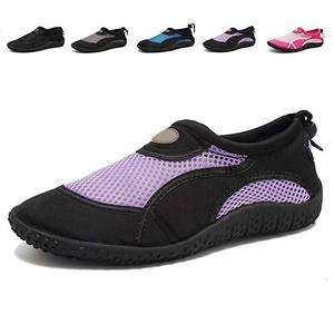 Quick-drying anti-slip water shoes rubber sole aqua shoes with breathable design