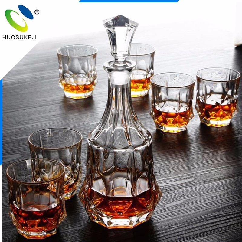 2016 best gift box fashion crystal glass bottle decanter set with six cups