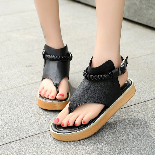 2017 sandals female summer students flat Korean version of the foot with the Roman shoes wild breathable new non-slip wome shoes