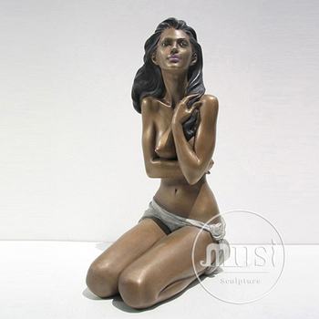 Pics of nude asian girl on craigslist nude