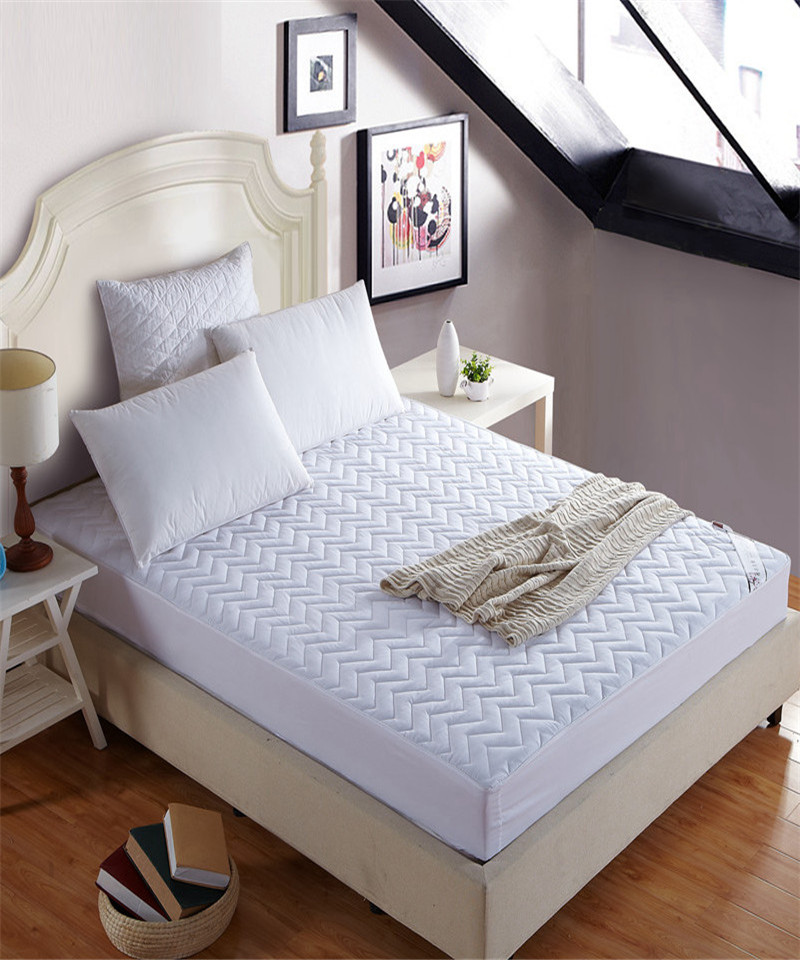 High grade thick bed mattress protective cover bedlinen