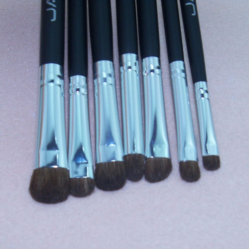 Factory OEM Best Seller Professional Makeup Brush Set Case With Personalized Logo