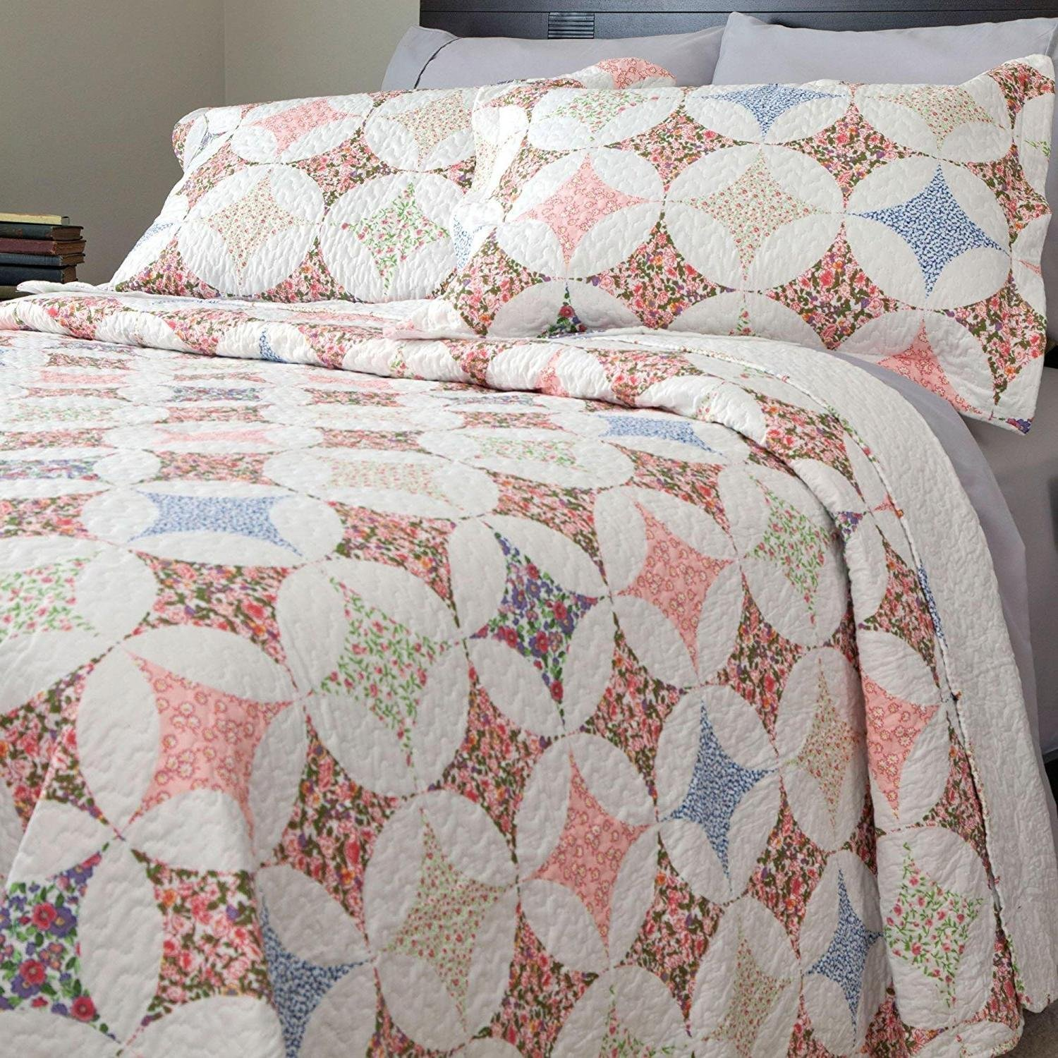 2pc Trendy Blue Pink Green White Twin Quilt Set, Polyester, Diamond Floral Themed Bedding Rainbow Modern Cabin Flower Nature Geometric Pretty Chic Rose Pretty Circles