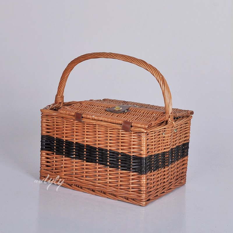 Vietnam swing brown willow rattan food gift covers handles hand made square box picnic storage wicker wine bottle holder basket