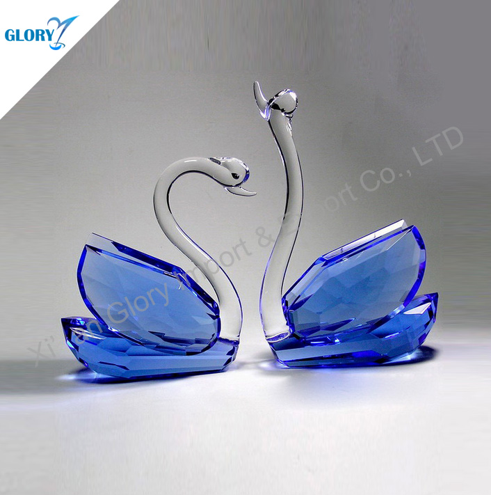 China Lovely Swans Crystal Giftware Wholesalers