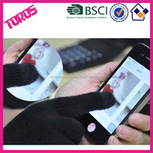 Wholesale Unisex Black Red Panton Color Magic Glove Winter Knit Soft Iphone Touch Screen Gloves