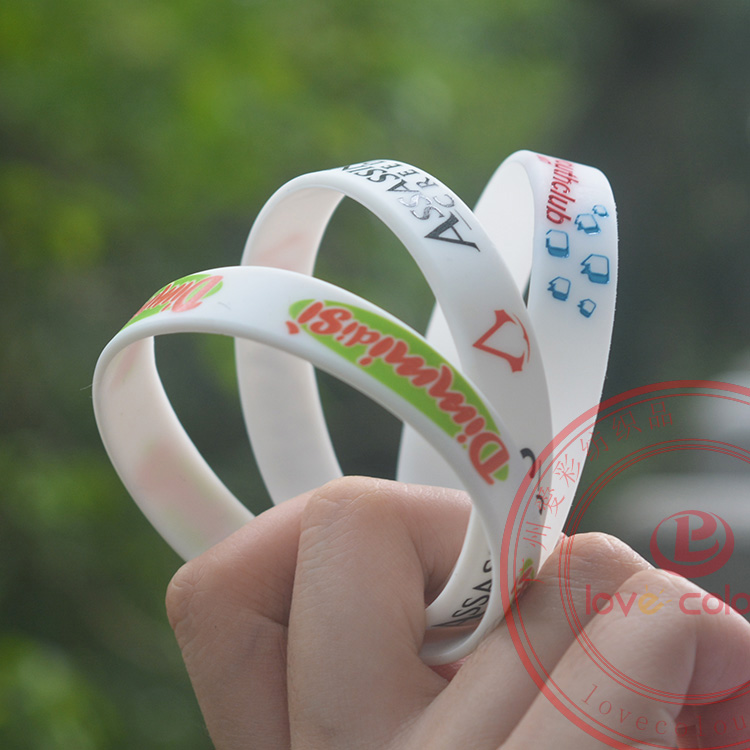 High quality custom silicone wristband in your own logo and name