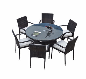 classic Plastic Rattan Round Table With 6 Chairs Outdoor Furniture for Restaurant