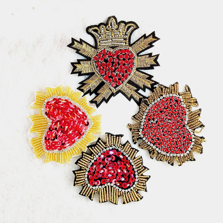 GUGUTREE handmade beaded embroidery sew on crown of love patches,embroidered pearls crystals appliques,brooches BBP-142