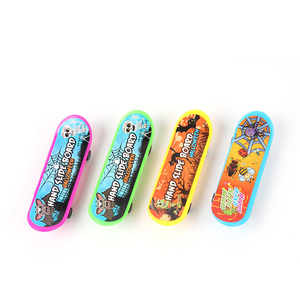promotion gift colorful funny sport toy mini finger skateboard with custom