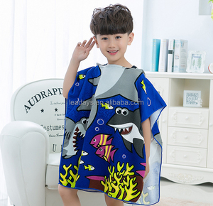 Custom Soft Swim Shark Cartoon Printing Microfiber Kids Poncho Hooded Beach Towel
