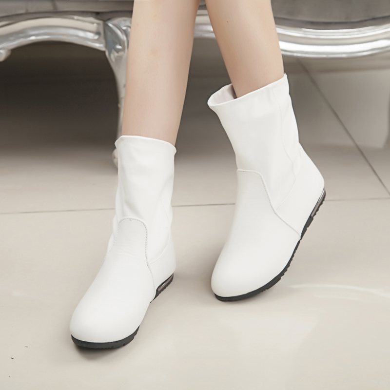 Vintage White Flat Shoes