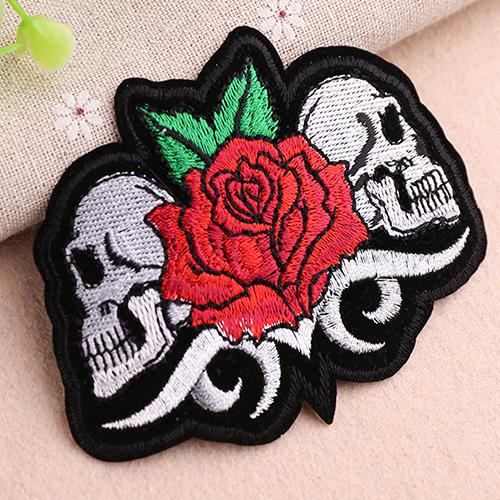 China custom embroidery sewing machine tags printed embroidered sign badge garment accessories logo back cloth patch