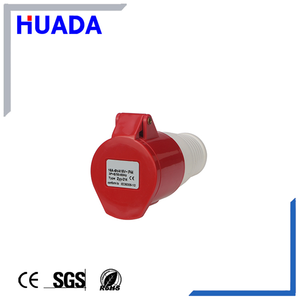 High quality long duration time ip65 industrial socket