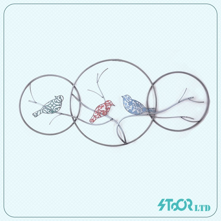 Unique modern metal circle and bird wall art ornament decoration
