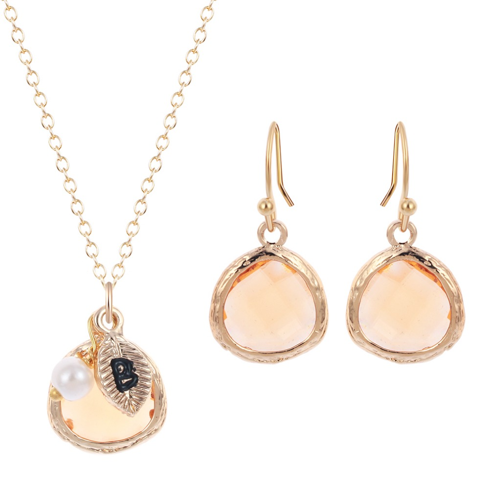 Bridesmaid Gifts Peach Stone with Letter Pearl Pendants Necklace Earring Set for Women Girls Wedding Sweet Gift Jewelry Set