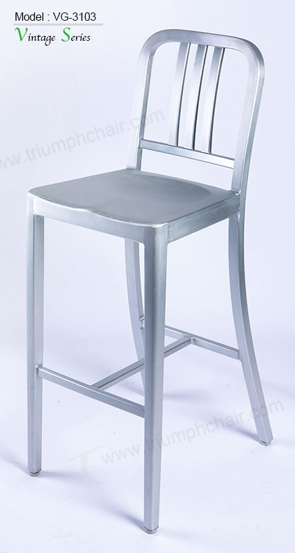 Triumph New Aluminum coffee shop bar chairs / Metal camping stool / Bistro Aluminum Barstool
