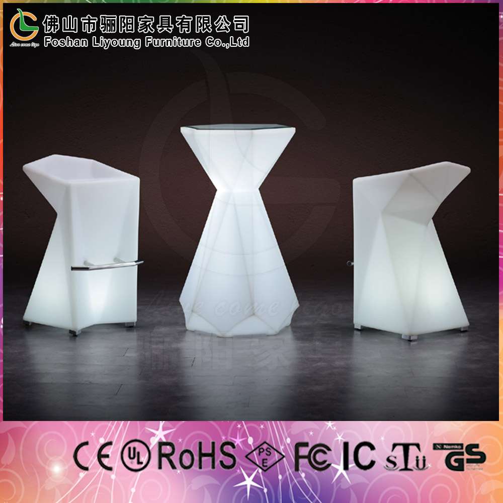 Led lighting baR furniture PE plastic dining set rotomolded led bar table and chair used
