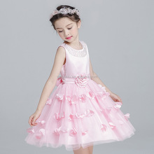 2017 new girl princess skirt tutu dresses children petals net yarn dress