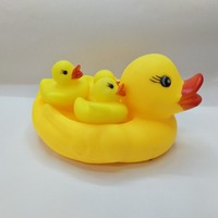 best- selling custom make soft plastic Sound squeeze duck with babies rubber toys