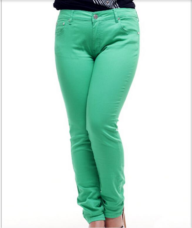 d835dcc163b Autumn Women Plus Size Pencil Trousers Black White Grid Plaid Skinny Capris Casual  Pants XL- 6XL Autumn Women Plus Size Trousers