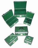 Wholesale 2017 hot high-quality green emergency mini first aid box with handle