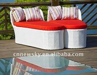 outdoor garden furniture pe wicker chaise lounge