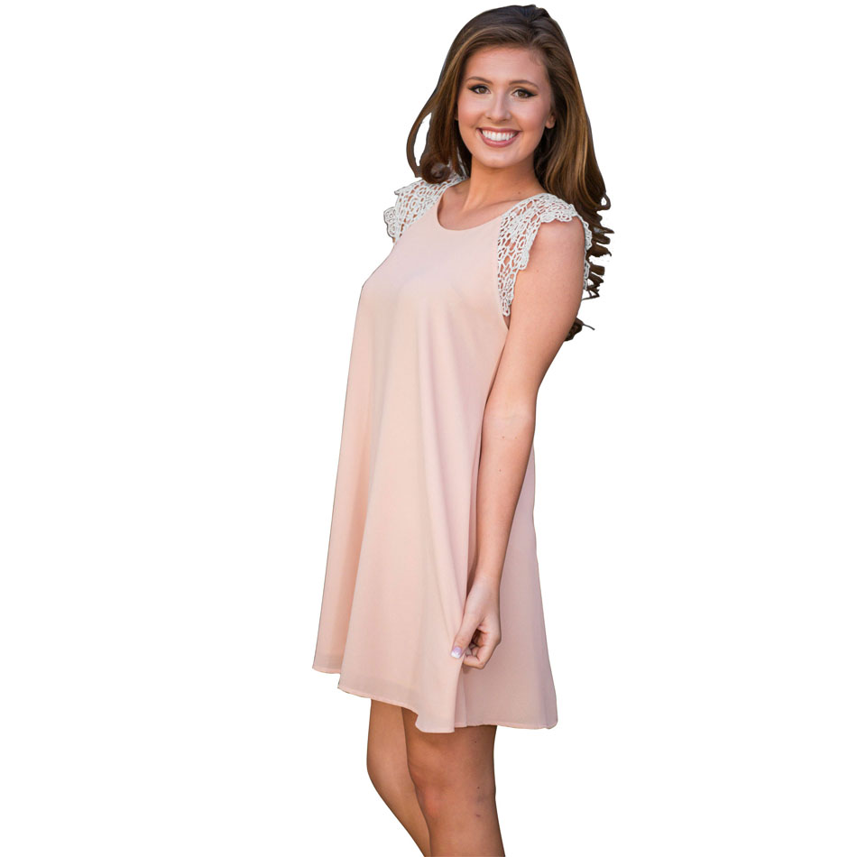 Our vintage-style pink dresses are perfect for any occasion! It's time to find your favorite pink dresses! Whether you choose a coral cowl-neck frock or a whimsical peach-toned maxi, our pink dresses for women for women complete every outfit with charm.