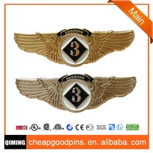 2016 custom metal badges no MOQ free samples artwork from China supplier