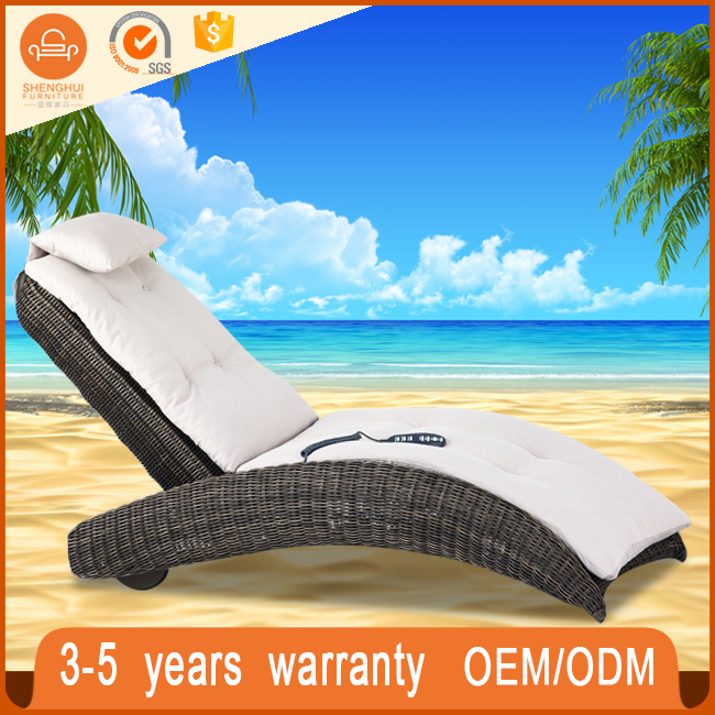 Holiday Hotel Patio Used Commercial Sleeping Chaise Lounge Beach Furniture Round Rattan Wicker Woven Barcelona Daybed Outdoor