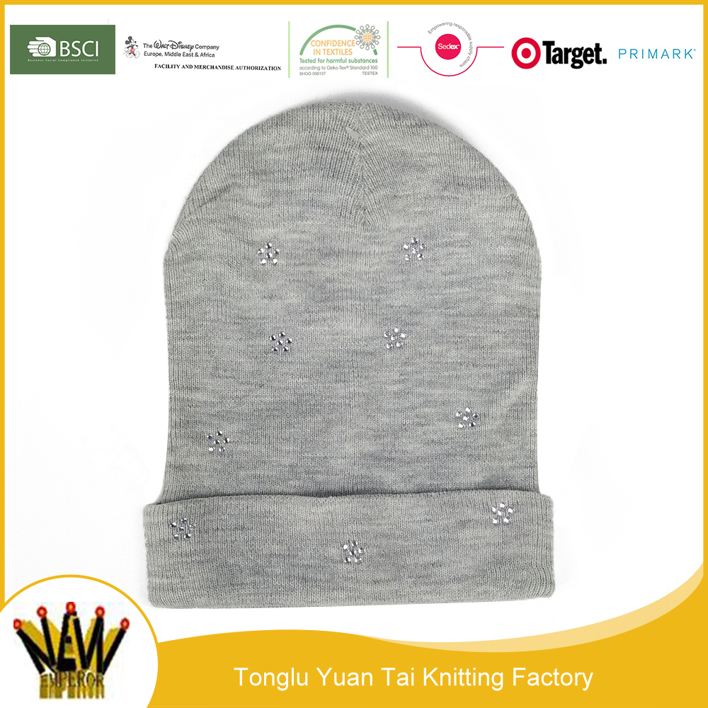 Beautiful and good quality cheap pure color funny costume knitting cute winter chemo hat beanie