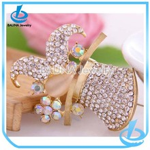 Luxury rhinestone sheep shape customized name brooch