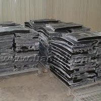 reclaimed rubber (truck tires)
