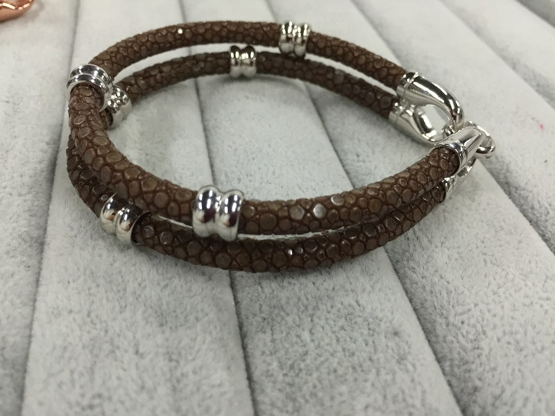 2015 Latest Design Luxury Leather Bracelet With Sterling