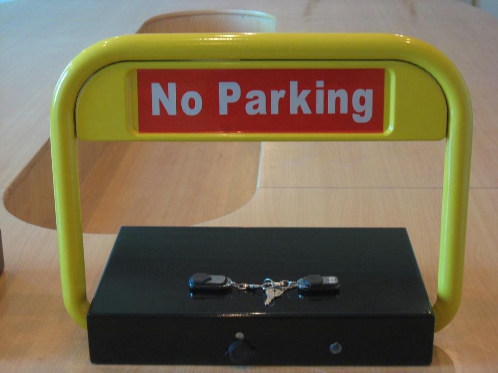 Automatic Solar Car Parking Barrier Lock With Remote Control