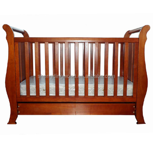 New Zealand solid pine wood out of crib baby cot baby beding