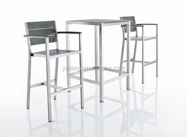 Di vimini alto bar in legno tavoli e sedie da bar pieghevole buy