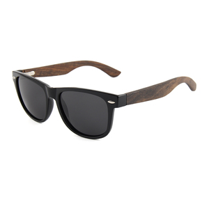 Hot 2017 new products glasses PC frame spring hinge wooden polarized sunglasses for China